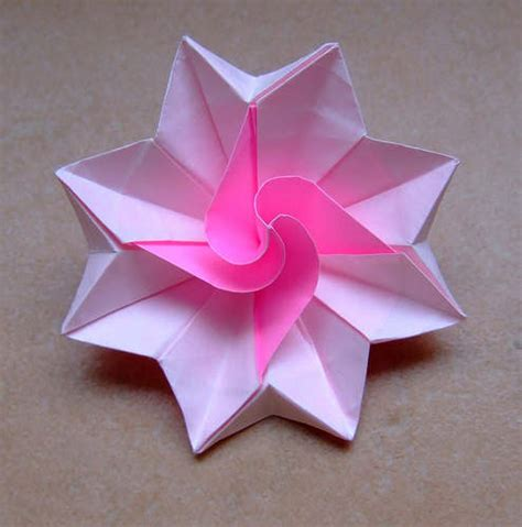 make a origami flower how to make origami flowers simple origami flower design