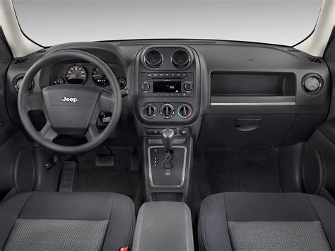 electric and cars manual 2011 jeep patriot interior lighting jeep patriot 2007 precios motores equipamientos