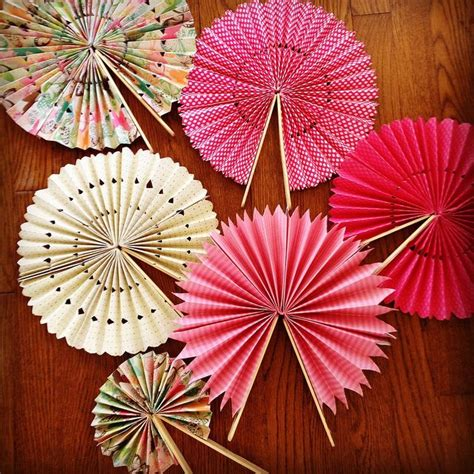 paper craft fan diy paper fans idea for outdoor weddings and place