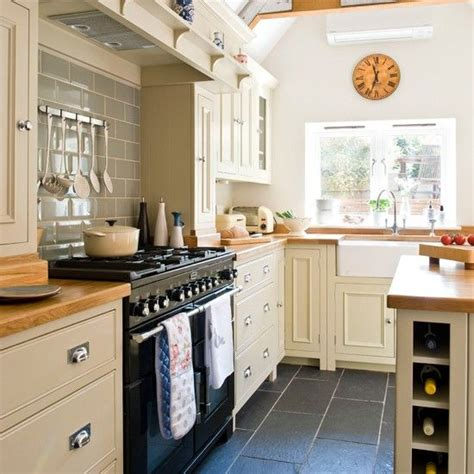 country style kitchen 25 best ideas about country style kitchens on