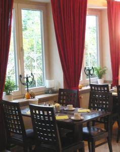 Englischer Garten München Parkhaus by Hotel Biederstein Am Englischen Garten In M 252 Nchen Germany