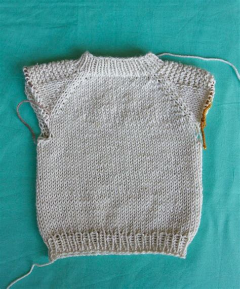 steps to knit a sweater how to knit a sweater step by step knits