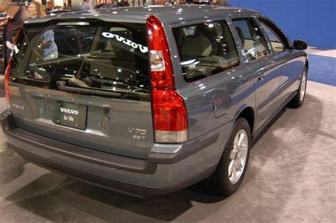 2004 Volvo V70 by 2004 Volvo V70 Partsopen