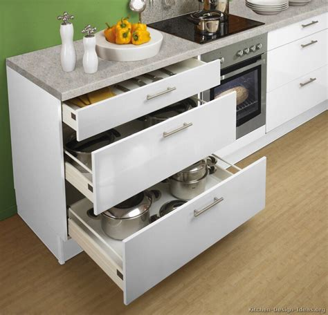 kitchen cabinets drawers kitchen cabinets vs drawers quicua