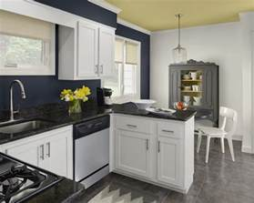 color schemes for kitchens with white cabinets these kitchen color schemes would you midcityeast