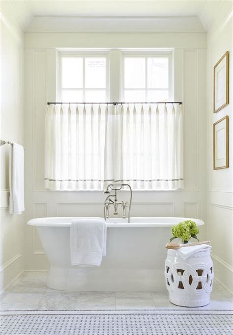 bathroom curtains for windows ideas 25 best ideas about bathroom window curtains on