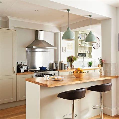 exhilarating kitchen lights de 25 bedste id 233 er inden for small kitchen diner p 229