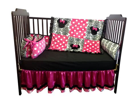 minnie mouse baby crib minnie mouse crib bedding 28 images kidsline minnie