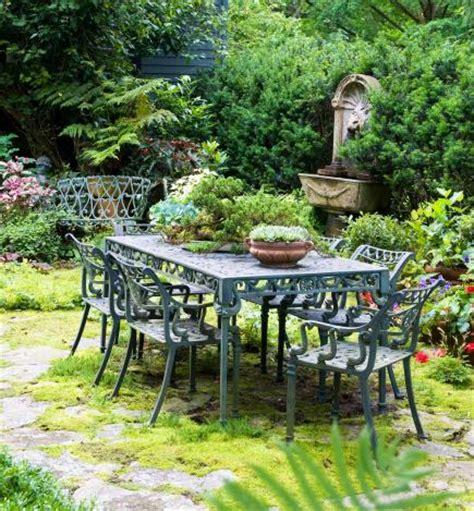 beautiful yards 35 beautiful backyards midwest living