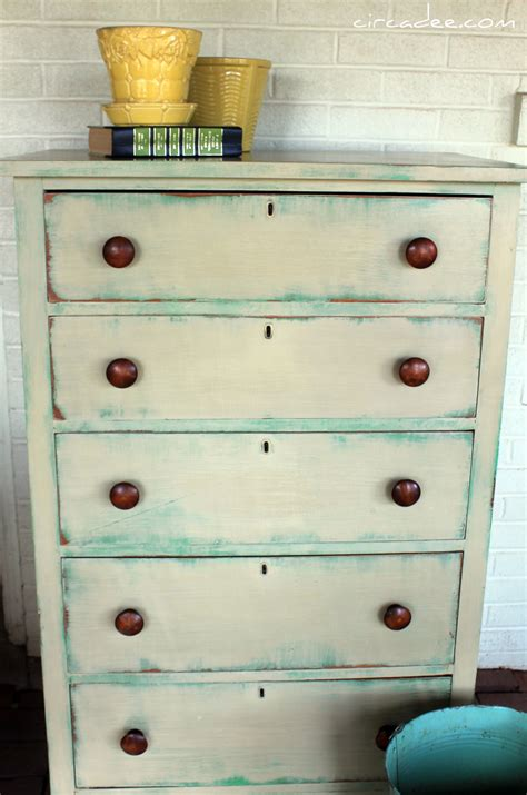 chalk paint guest post at circa on chalk paint