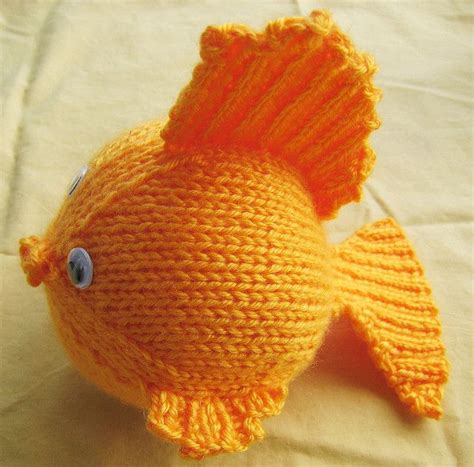 free fish knitting patterns 1000 images about knit fish on toys ravelry