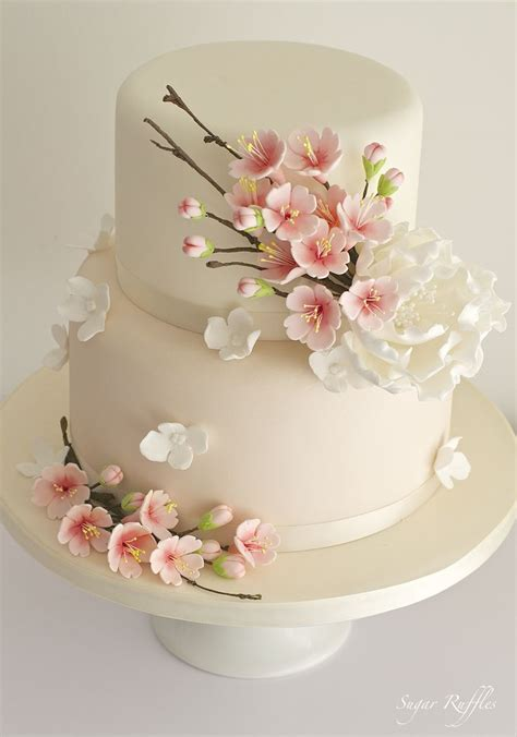 Best 25  Cherry blossom cake ideas on Pinterest   Cake decorating magazine, Cherry blossom 2017