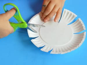 craft work paper flowers paper plate flower craft for the resourceful