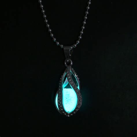 how to make glow in the jewelry steunk pretty magic locket necklace glow in