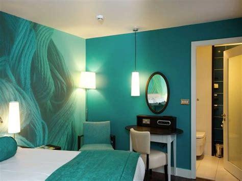 Japanese Minimalism interior paint ideas attractive color scheme toward