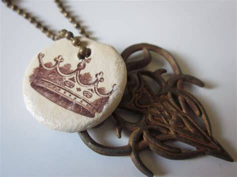 Brag Monday Paper Clay Pendant And Canvas The