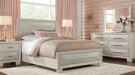 sofia vergara bedroom furniture sofia vergara cambrian court white 5 pc panel
