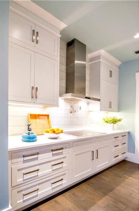 best white paint color for kitchen cabinets sherwin williams sherwin williams kitchen cabinet paint colors kitchen