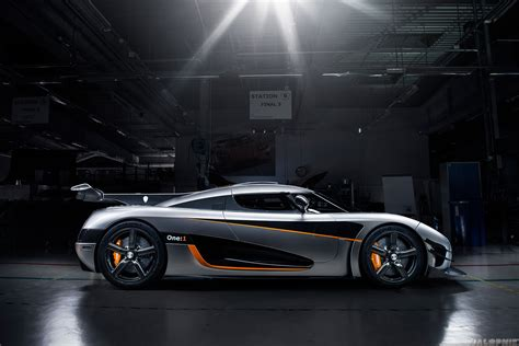 Koenigsegg One:1   Full details and Official pictures
