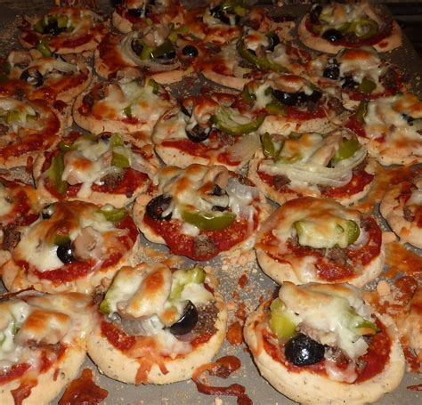 appetizers pizza creative hospitality do ahead mini pizza appetizers