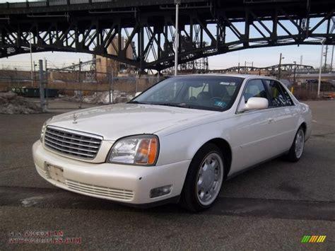 2000 Cadillac Sedan by 2000 Cadillac Sedan In Cotillion White 182178