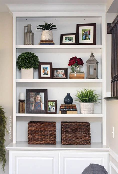 ideas for decorating bookshelves 17 best ideas about arranging bookshelves on