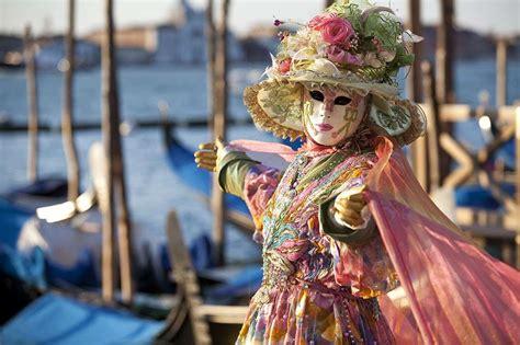 verona italy italian bodypainting festival carnevale di venezia foto tempo libero