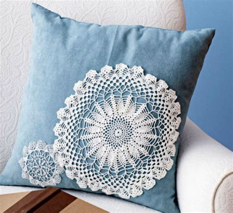crafts using paper doilies 25 beautiful diy fabric and paper doily crafts 2017