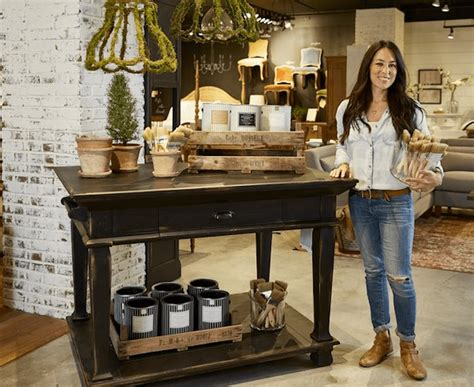 paint colors recommended by joanna gaines see all of joanna gaines stunning new paint colors