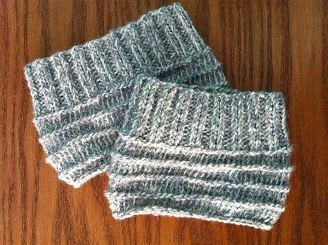 knit boot cuff patterns easy knit boot cuffs allfreeknitting