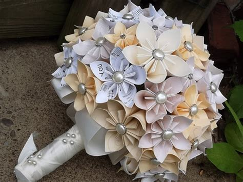 origami flower bouquet wedding 21 stunning flowerless bouquets for fall weddings