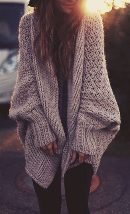 big knit jumpers 17 best ideas about oversized sweaters on