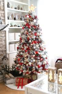 white tree with black decorations 33 cozy and white d 233 cor ideas digsdigs