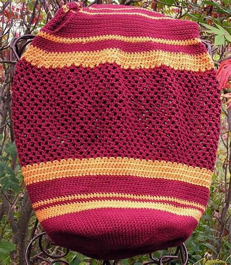 knitting with two colors carrying yarn two color striped crocheted carry all knitting patterns