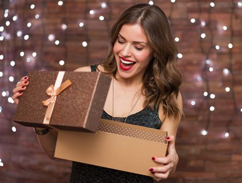 best gifts for women 8 awesome holiday gifts for women