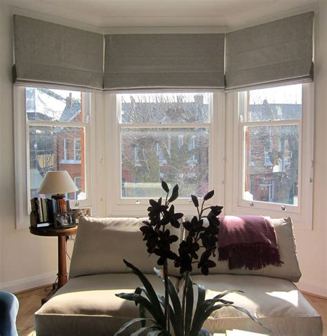 bedroom curtain ideas with blinds best 25 bay window blinds ideas on bay window