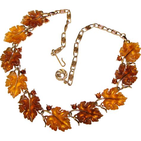 lucite leaf fabulous lisner glowing lucite leaf vintage necklace from