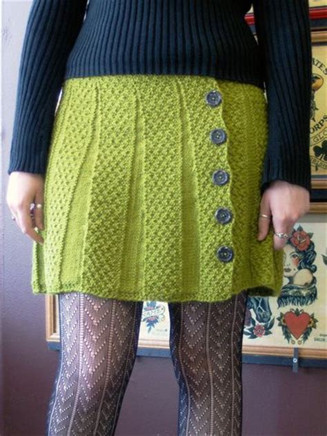 knitted skirt i am so going to knit this skirt for myself in a