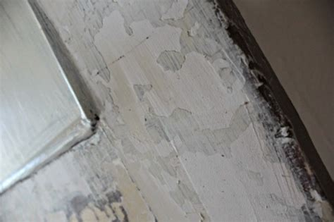 chalk paint cracking spackle the cracks to paint and get a smooth finish