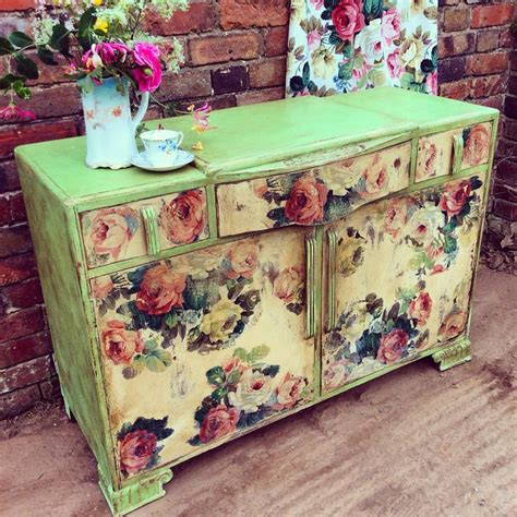 decoupage on wood furniture 1689 best painted furniture images on painted