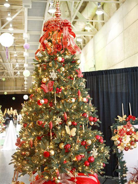 roter weihnachtsbaum weihnachtsbaum schm 252 cken 25 verschiedene stile und deko