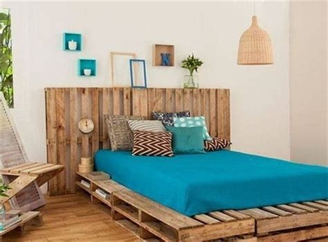 pallet bedroom furniture how to build your bed with no effort and money