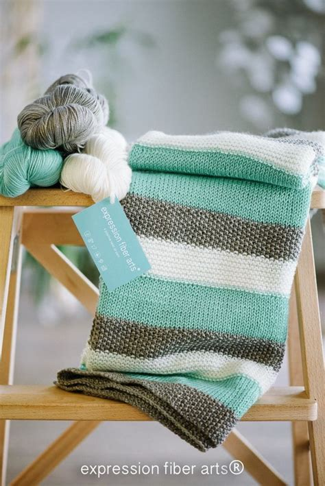 how to knit a blanket for beginners 555 best images about beginner knitting crochet on
