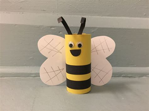 bumble bee crafts for best 25 bumble bee crafts ideas on bee crafts