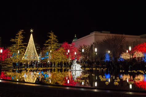 lights at temple square mormonism in pictures temple square dressed for