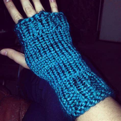 loom knitting fingerless gloves 27 best images about loom knitting on knitting