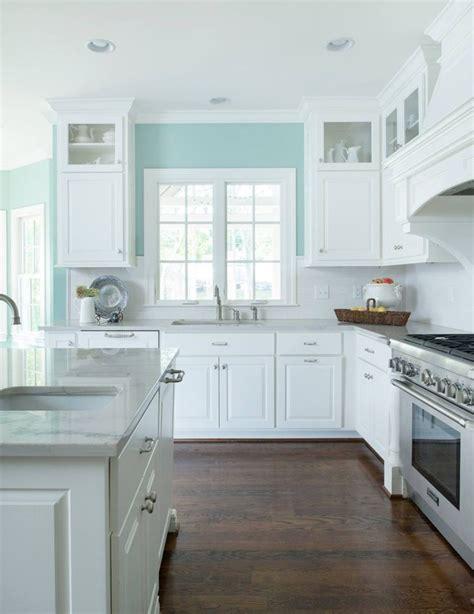 light blue kitchen walls best 25 mint kitchen walls ideas on mint