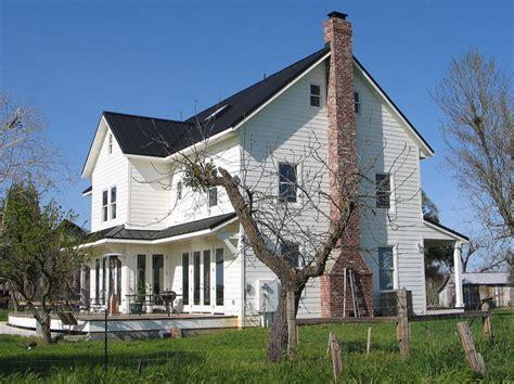 traditional farmhouse plans folk farmhouse
