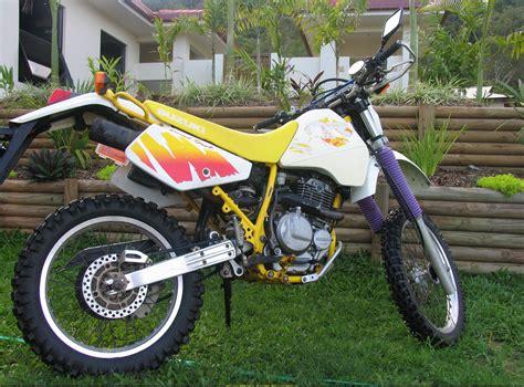1990 Suzuki Dr350 by Dirtbike Rider Picture Website