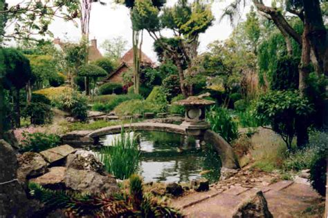 photos of gardens japanese gardens the way of the way of